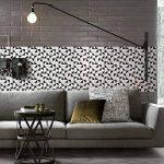 Ecoart 3D Autocollant Mural Impermeable Auto-Adhesif en Mosaique de Triangle pour la Salle de Bain et la Cuisine Noir, Gris et Blanc 25.4 x 25.4cm Lot de 6 de la marque Ecoart image 3 produit