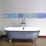 Extsud Set de 10 Pcs Sticker Carrelage Autocollant 20x20cm Carrelage Adhésif Mural Étanche pour Cusine Salle de Bain (Style porcelaine bleu et blanc) de la marque Extsud image 3 produit