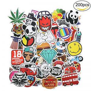 PAMIYO Autocollants 200pcs Stickers Mural différents styles, inclut adorables, drôles, plantes et animaux, s'appliquer à l'ordinateur téléphone frigo bagages voiture mur macbook de la marque PAMIYO image 0 produit