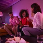 Philips Hue Ruban Lumineux Lightstrip White And Color Ambiance de 2Mètres, Bande Flexible Lumineuse Contrôlée Par Smartphone - Lampe Led à Variation de Couleurs - Fonctionne avec Alexa de la marque Philips-Lighting image 2 produit