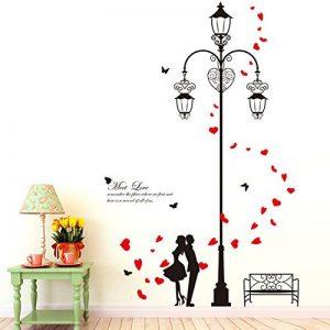 Wallpark Romantique Amoureux dans Rétro Rue Light Amovible Stickers Muraux Autocollants, Salon Chambre Maison DIY Décoratif Adhésif Stickers Mural de la marque Wallpark image 0 produit