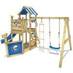 WICKEY Aire de jeux SeaFlyer Portique de jeux en bois avec balançoire, mur d'escalade, échelle de corde, bac à sable et accessoires, toboggan bleu de la marque Wickey image 3 produit